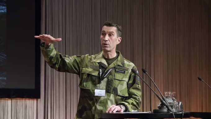 ÖB Micael Bydén vill höja anslaget till försvaret. Foto: SVEN LINDWALL