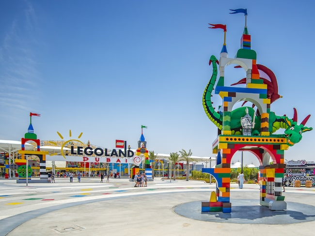 "Legoland ligger i ett område som kallas ""Dubai Parks and Resorts""."