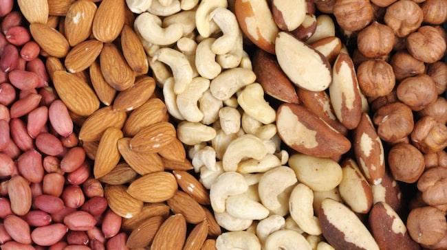 <span>Cirka 15 procent av kalorierna från nötter tas aldrig upp av kroppen. <br></span>