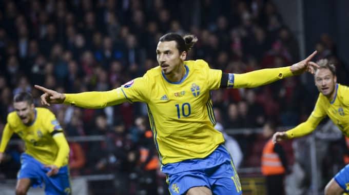 Zlatan sköt Sverige till fotbolls-EM. Foto: Jonas Ekströmer/Tt