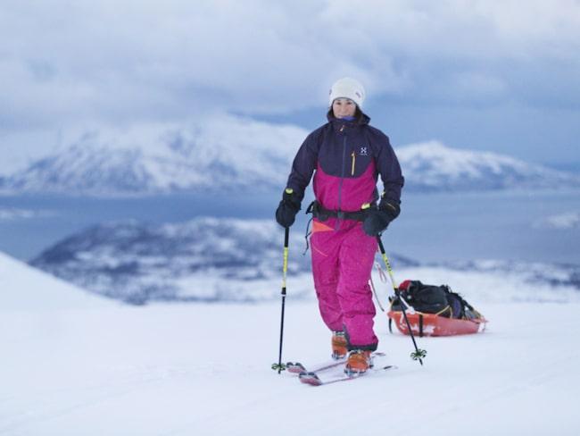 Johanna Davidsson, 32, siktar på att bli första svenska kvinna att skida ensam till Sydpolen.