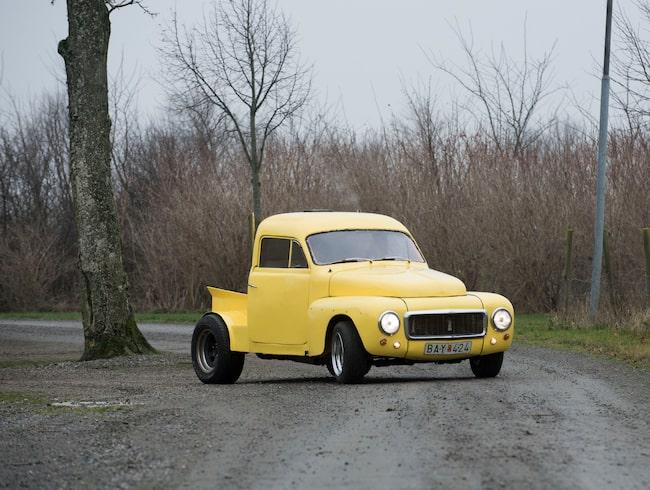 A-traktor ute på vägen (arkivbild).