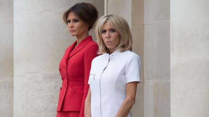 Melania Trump och Brigitte Macron, fotograferade utanför museet Les Invalides i Paris på torsdagen. Foto: POOL/ABACA / POOL/ABACA STELLA PICTURES