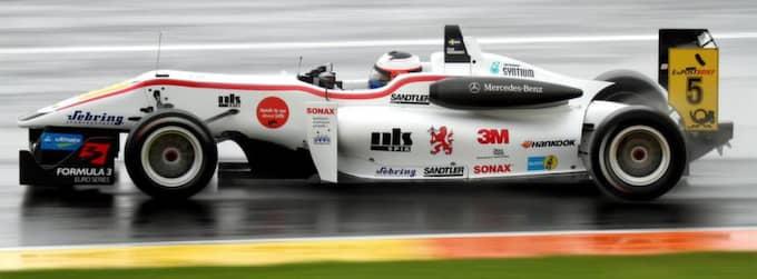 VILL VIDARE. Förra året vann Felix Rosenqvist Masters of Formula 3, det inofficiella europeiska mästerskapet i Formel 3. Nu drömmer han om F1. Foto: Mattias Persson