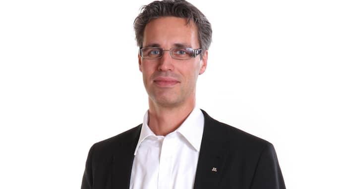 Jörgen Andersson, 50, är riksdagsledamot sedan 2010 för Kalmar läns valkrets och han är suppleant i finansutskottet och näringsutskottet.