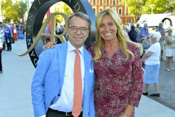 """Knut Knutson och Anne Lundberg är en välbekant duo för alla som någon gång har tittat på """"Antikrundan"""". Foto: SVT"""