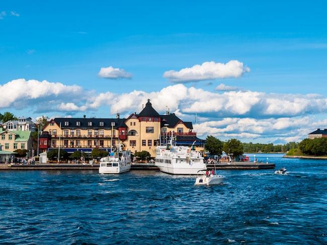 Bo på pittoreska Vaxholm – där Waxholms hotell nyligen renoverades.