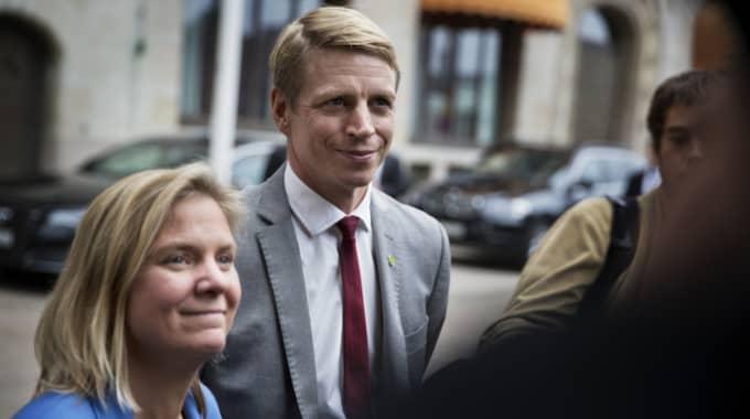Finansminister Magdalena Andersson och finansmarknadsminister Per Bolund. Det är Per Bolund som kräver amorteringskravet. Foto: Lisa Mattisson Exp