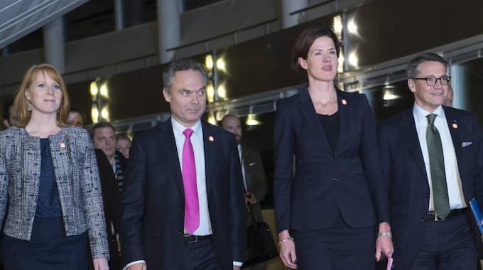 Förda bakom ljuset. Alliansen hade förberett ett hemligt maktövertagande, men lurades av Socialdemokraternas Stefan Löfven. Foto: Sven Lindwall