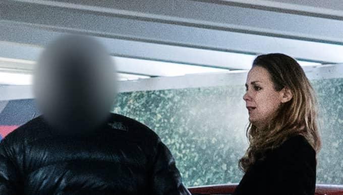 När Expressens reporter Josephine Freje träffar Spendrupschauffören i en Stockholmsförort förklarar han att de senaste dygnen varit fasansfulla. Foto: Lisa Mattisson