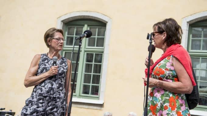 Med på scenen i Visby fanns även Kommunals förra ordförande Annelie Nordström. Foto: Christian Örnberg