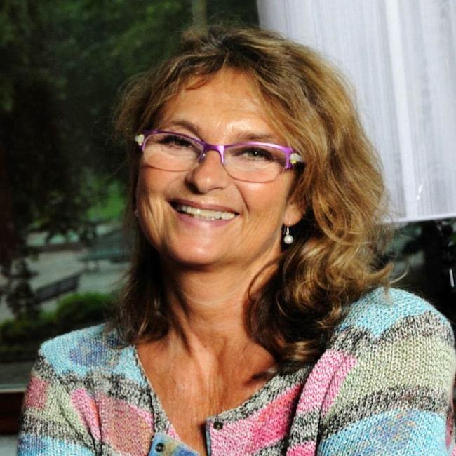 """<strong>""""Man blir smartare"""". Suzanne Reuter, 61, skådespelerska.</strong><br>I en intervju i M-magasin i juli berättade Suzanne Reuter att hon mår jättebra av att fasta två dagar i veckan. """"Man blir inte bara av med överflödiga kilon, man blir ju dessutom smartare"""", sa hon."""