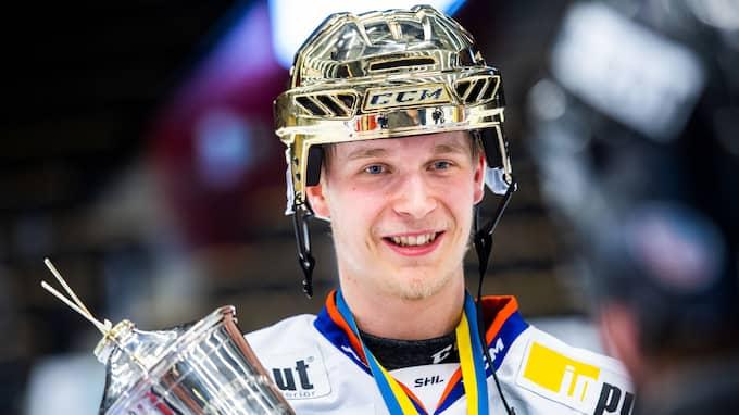 Växjö Lakers hoppas fortfarande få behålla Elias Pettersson nästa säsong. Foto: SIMON ELIASSON / BILDBYRÅN