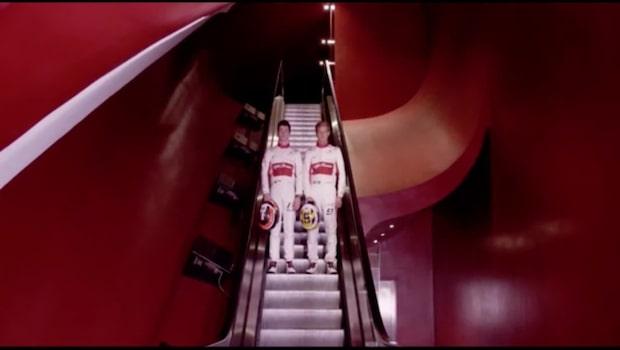 Här visar Marcus Ericsson upp Sabuers nya F1-bil