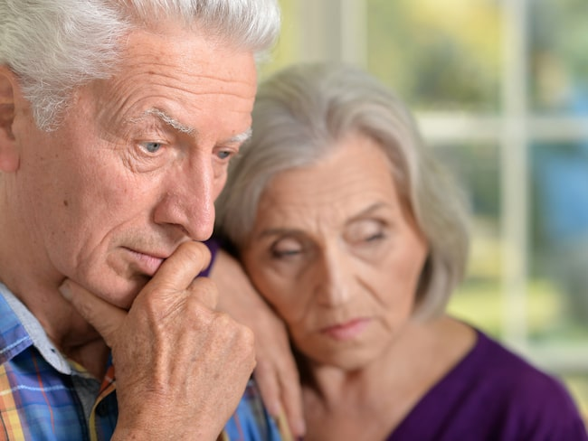 Astrid och hennes make får inte träffa sina barnbarn.