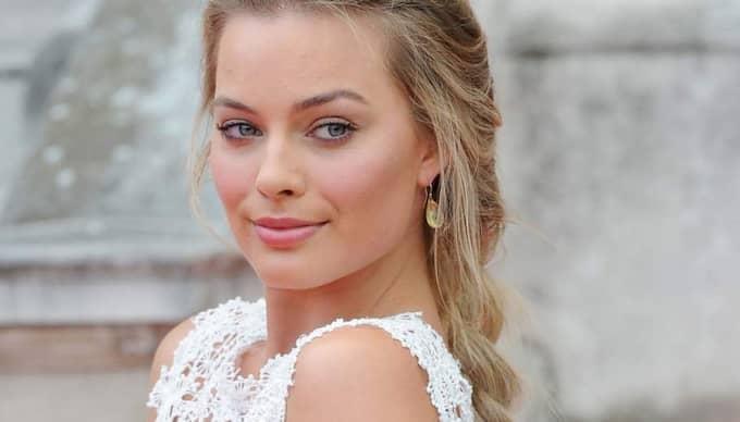 "Margot Robbie spelar mot Leonardo DiCaprio i ""Wolf of wall street"". Foto: Stella Pictures"