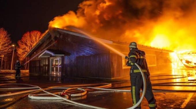 En låg- och mellanstadieskola i Hedemora övertändes och polisen rubricerar det som grov mordbrand. Foto: Niklas Hagman