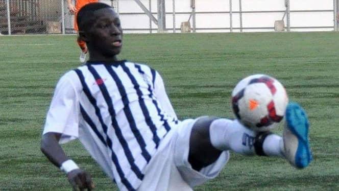 Bubakarry Fadika förd till sjukhus