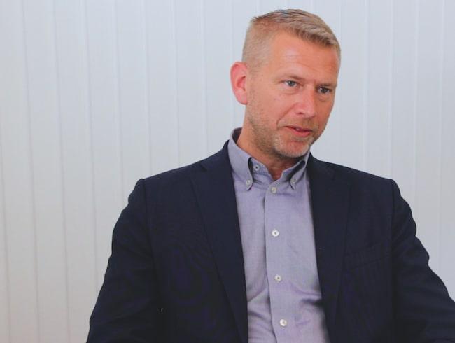 Peter Carlsson planerar att bygga en supermodern batterifabrik Skellefteå.