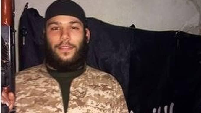 Osama Krayem, 24, från Malmö sitter häktad i Belgien misstänkt för inblandning i terrordåden i Bryssel och Paris.