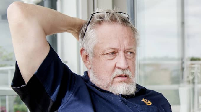 """""""Jag är fullkomligt övertygad om att Säpo fått tips om den här göken"""", säger Leif GW Persson. Foto: Simon Hastegård"""