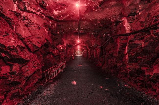 Bunkern ligger 100 meter in i berget.