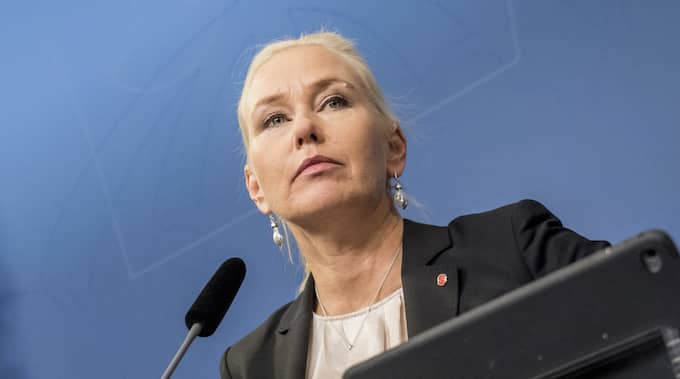 Infrastrukturminister Anna Johansson (S) gav Erik Bromander sparken på onsdagskvällen. Foto: PELLE T NILSSON/STELLA PICTURES