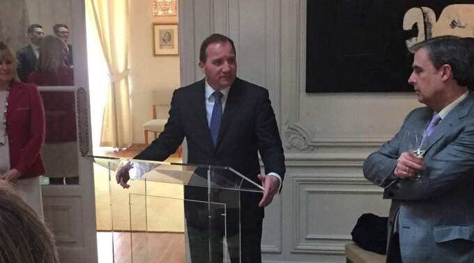 Löfven i möte med företagsledare på ambassadörens residens i Spaniens huvudstad.
