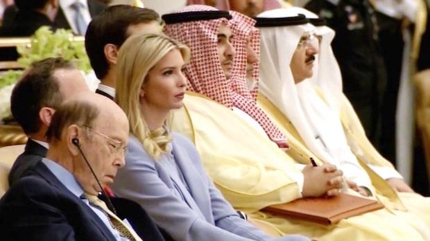Trump höll tal - då somnade egna handelsminstern