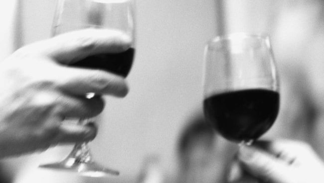 Spiller du vin kan det vara bra att ha ett formbröd till hands. Läs alla tipsen.