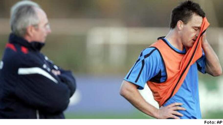 Beckham kapten mot finland