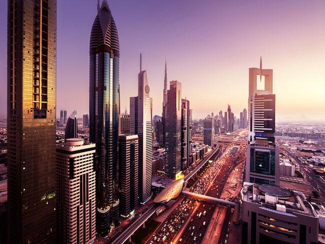 Likväl som Förenade Arabemiraten.