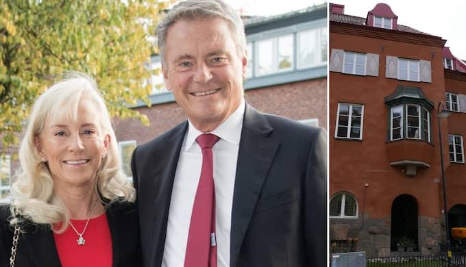 """Volvos styrelseordförande Carl-Henric Svanberg, här med sin hustru Louise, slog till på ett townhouse i samma område. Paret behövde """"bara"""" betala 120 miljoner för sitt hus."""