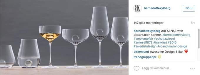 vå serier Den exklusiva glaskollektionen består av två serier, Air och Air Sense, med olika glas i varje kollektion, bland annat: Vatten, Chardonnay, Riesling, rött vin, Bordeaux, Burgundy, champagne och dessertvin. Foto: Skärmavbild/Instagram