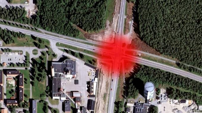 Våldtäktsförsöket i Umeå skedde på en gångväg där Ålidbacken möter E4/E12. Foto: GOOGLE MAPS