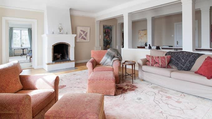 Ett av flera sällskapsrum. Foto: Jörgen Hinder, Skeppsholmen Sothebys
