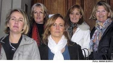 Vann till slut. Camilla Bjersér (i mitten), Liz Myrhed, Aniette Scott, Vibeke Waldemar och Marielouise Örtegren.