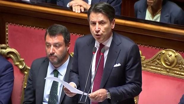 Giueseppe Conte lämnar in sin avgångsansökan - kritiserar Salvini