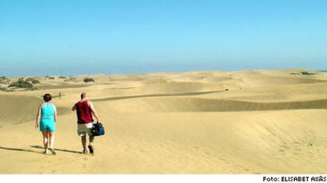 RENA ÖKNEN. Maspalomas sanddyner påminner om Sahara.