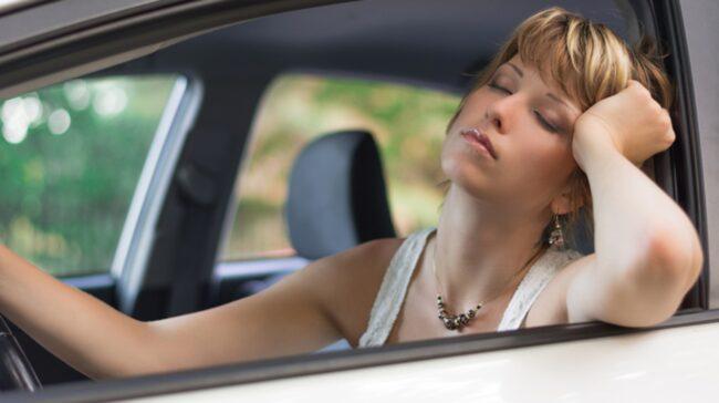 <span>Don't sleep and drive! Snart finns fläktteknik som ska hålla trötta pigga bakom ratten.</span>