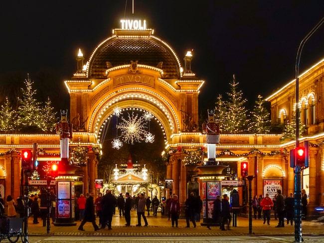 Tivoli i Köpenhamn är en riktig klassiker för julälskare.