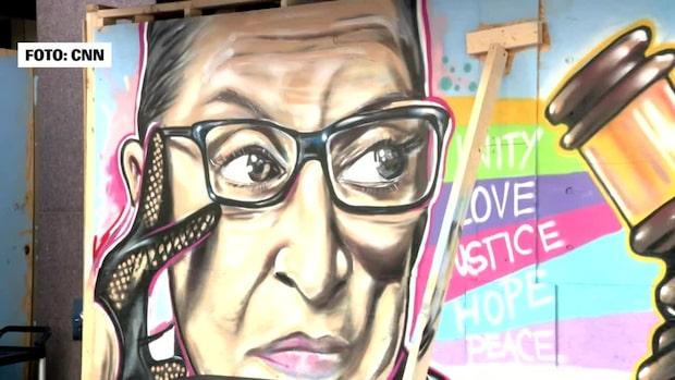 """Ruth Bader Ginsburg hyllas av gatumålarna: """"Har underlättat för kvinnor"""""""