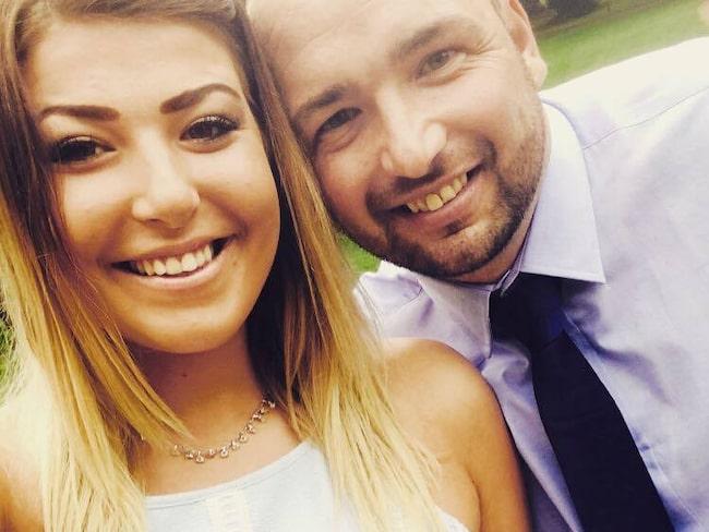 Gareth Kelly skulle bara ta en söndagsöl med sina vänner – men vid midnatt messade han sin flickvän Hannah Williams att han var på väg på spontansemester.