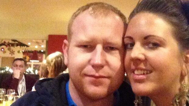 Han lovar att gifta sig - om hon får 500 likes på facebook