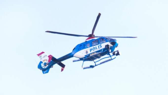 Forskaren Jörgen Lundälv vill se fler helikoptrar i luften och bättre förare i utryckningsfordonen. Foto: Ludvig Thunman / BILDBYRÅN