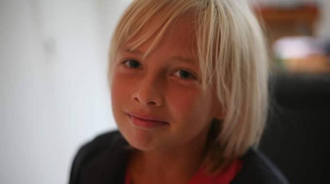 Skolan stoppar Uma Lindström, 11, från att vara tomte i Luciatåget.