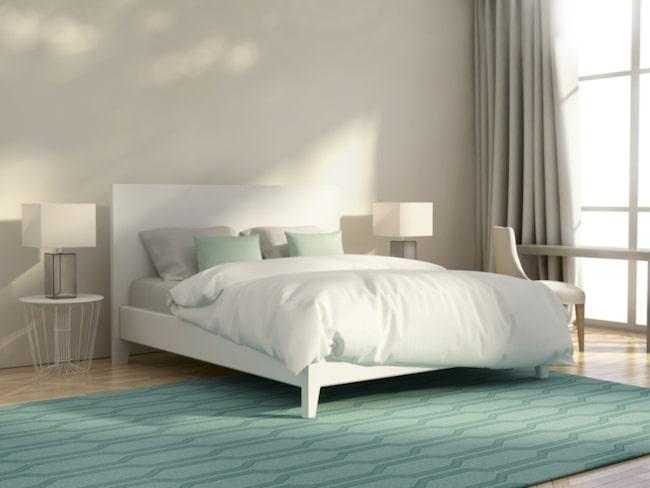 Här listar vi 11 smarta sätt att maximera förvaringen under sängen.