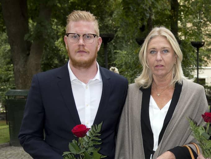 Oscar Magnusson och hans mamma Eva. Foto: Sven Lindwall
