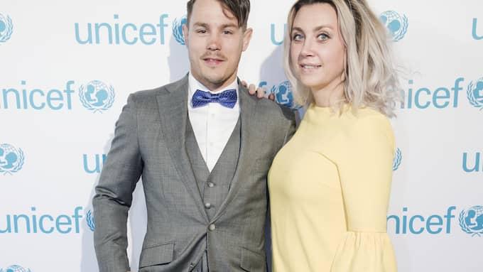 Simon Sköld och Camilla Läckberg har varit ett par sedan 2013. Foto: OLLE SPORRONG