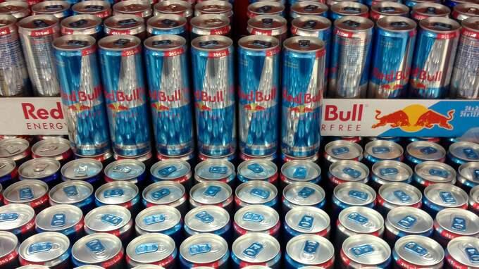 Red Bull är en energidryck med hög koffeinhalt. Foto: HENRIK ISAKSSON/IBL